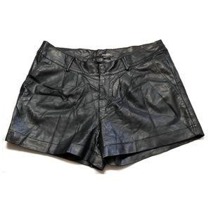 Vegan leather shorts black fully lined Bisou Bisou
